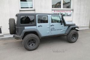 Dachfolierung Jeep schwarz matt