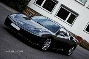 Ferrari Folie statt Lack