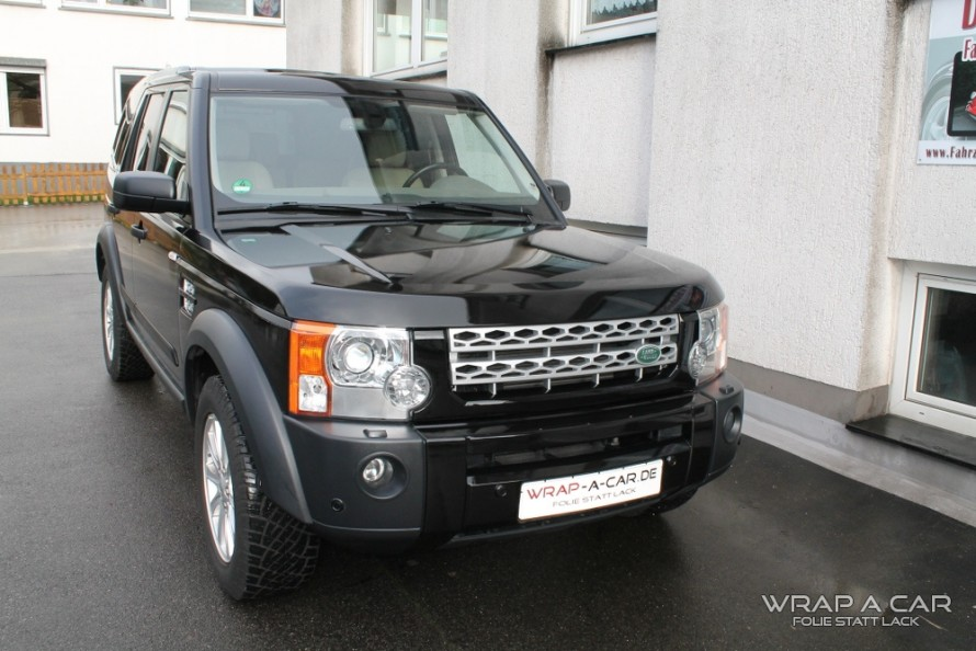 land-rover-wrapping-schwarz
