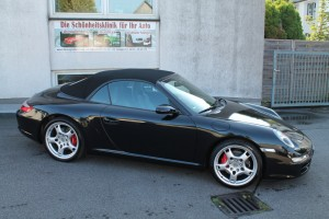 Porsche Folierung schwarz