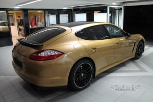 Porsche Panamera GTS - Gold